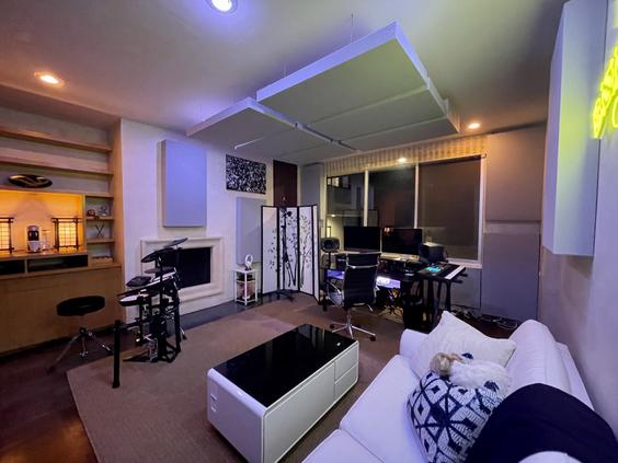 Summit Studios - room overview