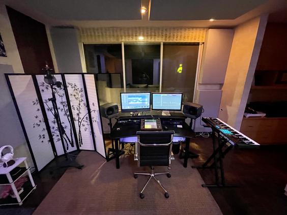 Summit Studios - vocal booth