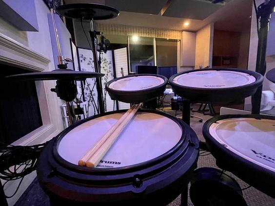 Summit Studios - roland td17 drums