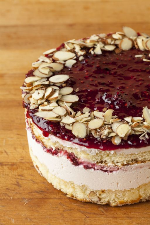 Almond Berry Mousse Cake