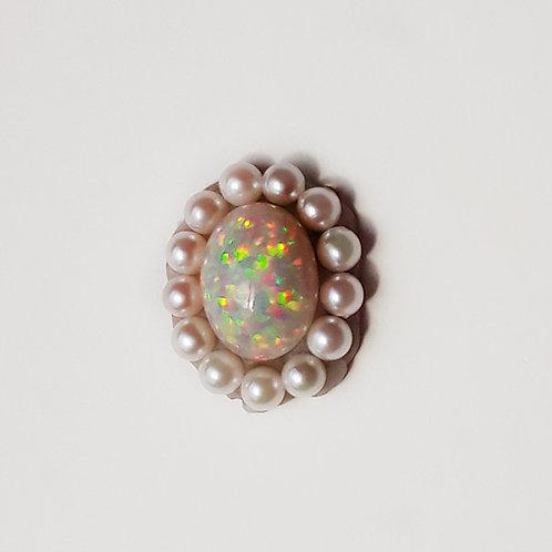 """Edwardian"" 3.14ct Ethiopian opal clasp"