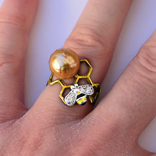 """Honey Bee"" 10mm faceted South sea pearl ring"
