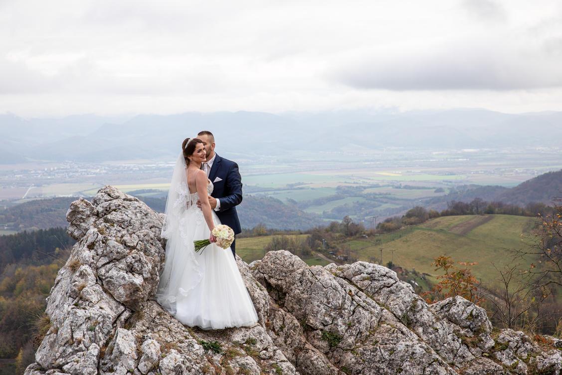 svadobný-fotograf-žilina-45.jpg