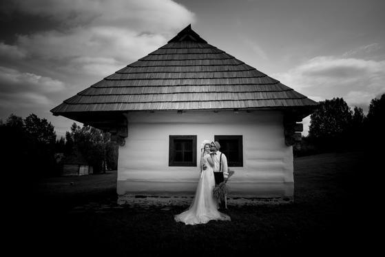 svadobny-fotograf-zilina-monstr-25.jpg