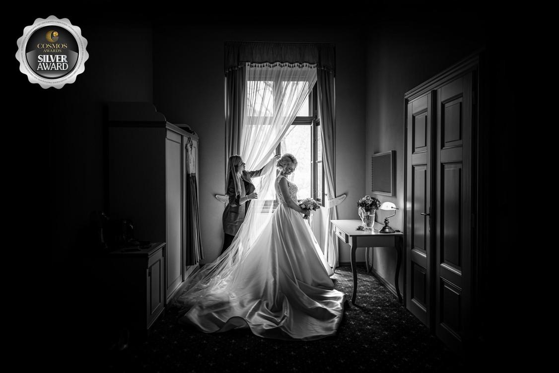 svadobný-fotograf-žilina-monika-struharnanska.jpg