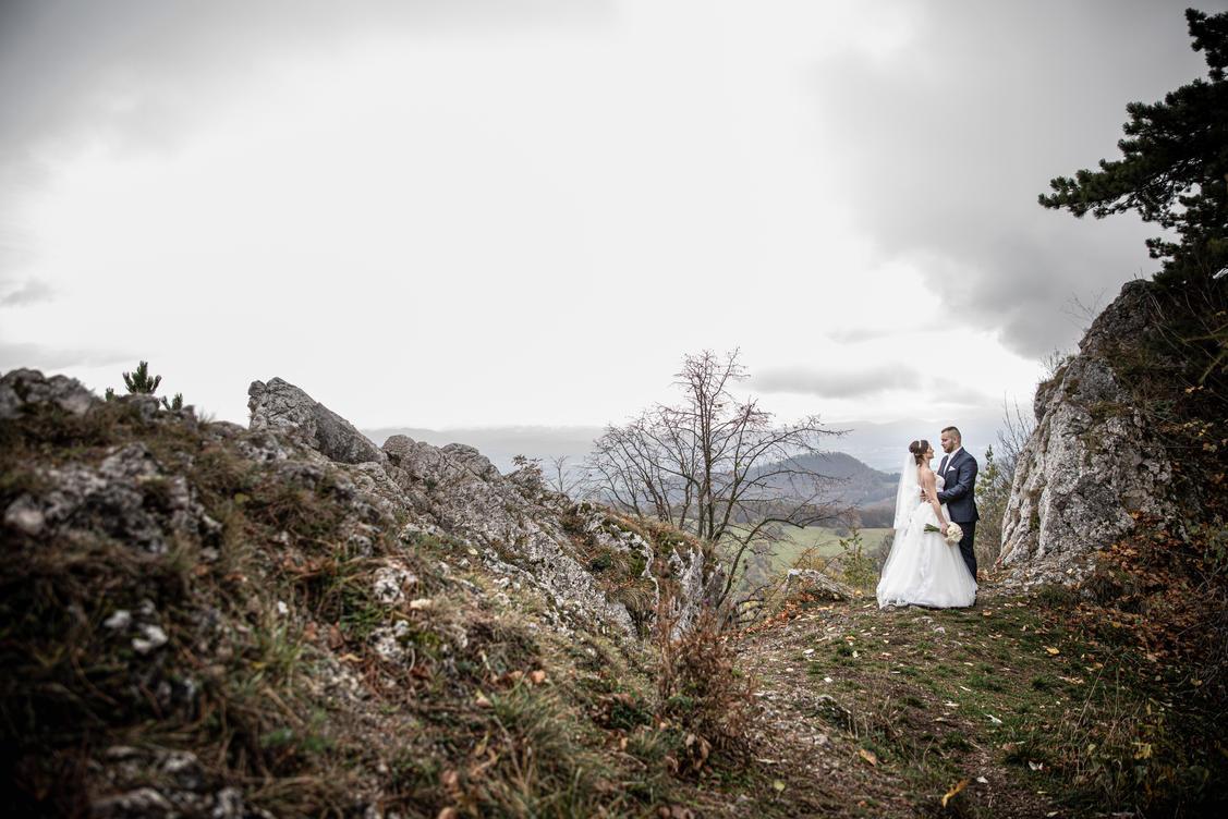 svadobný-fotograf-žilina-54.jpg