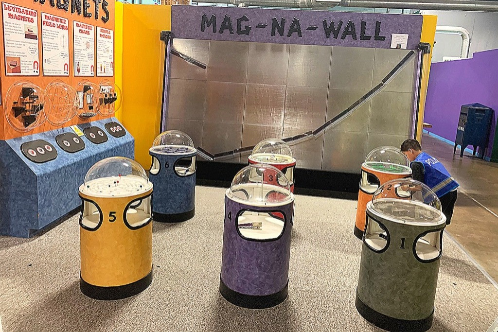 MAG-NA-WALL Area