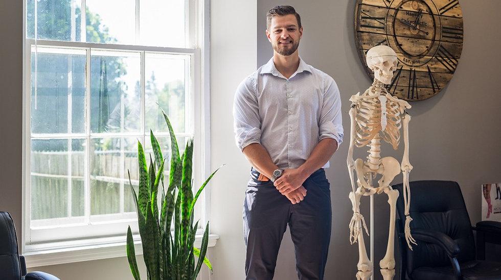 Chiropractor Kingston Dr. Elliott Perkins
