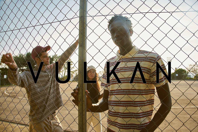 Golden Cage-Vulkan Magazine