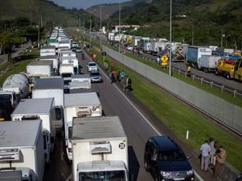 COMUNICADO DOS CORREIOS: paralisação nas estradas do país