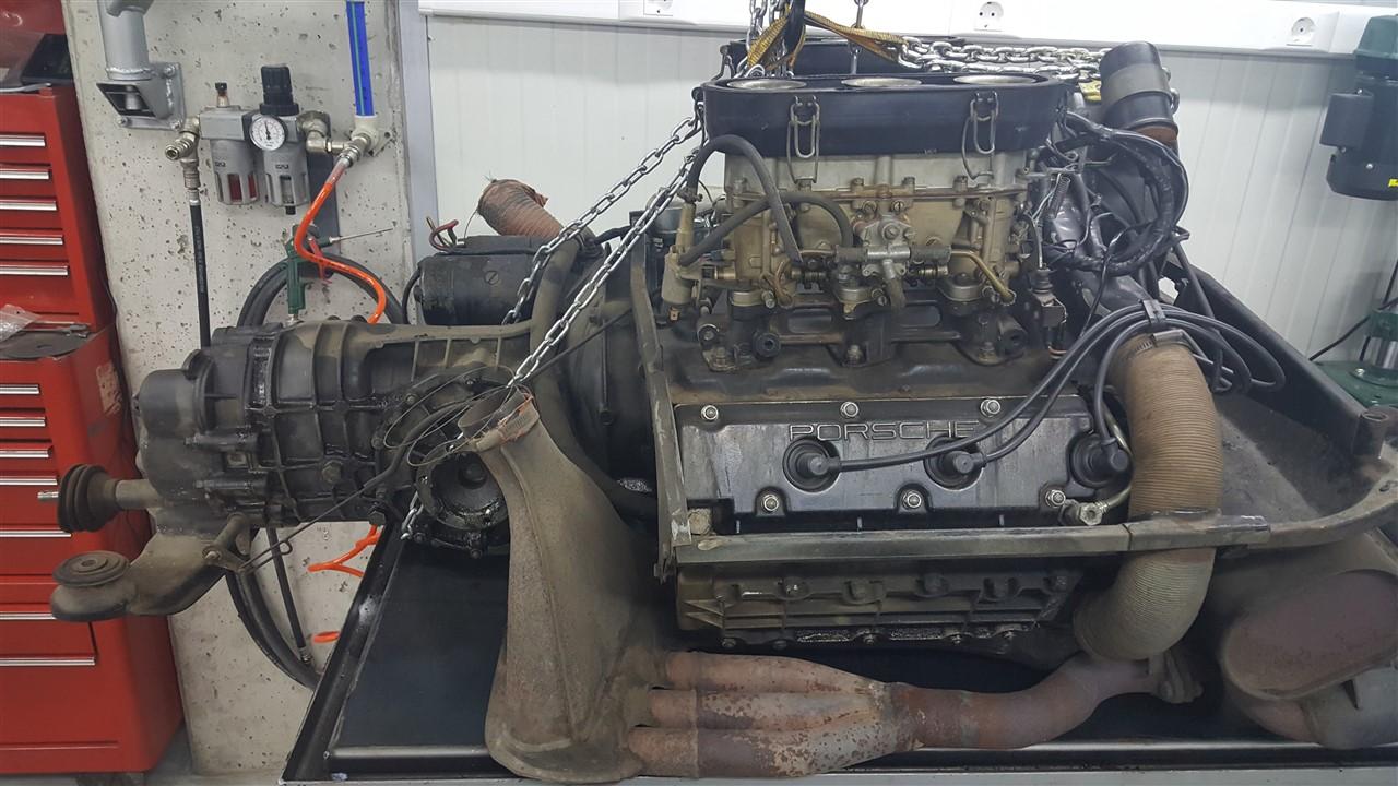 fp-car-sl-porsche 911 2.4 t-15