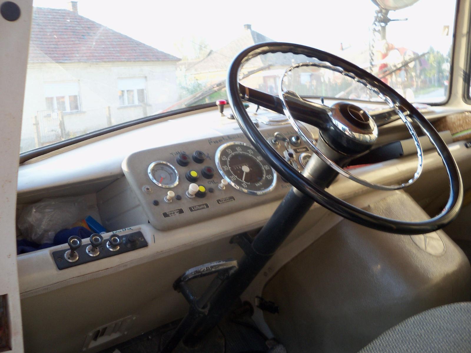 cs-car-sl-mercedes benz 319-10