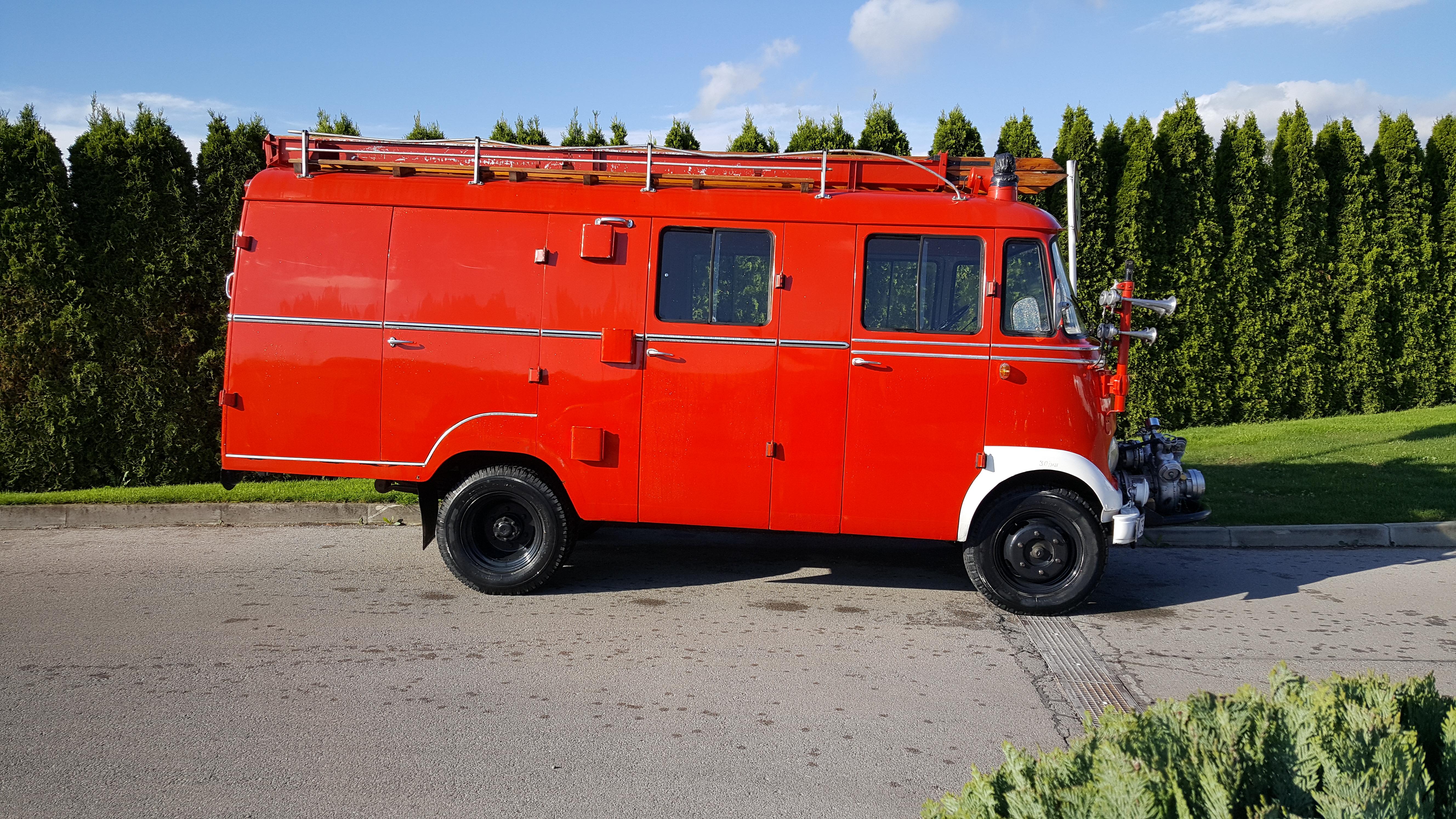 cs-car-sl-mercedes benz 319-02