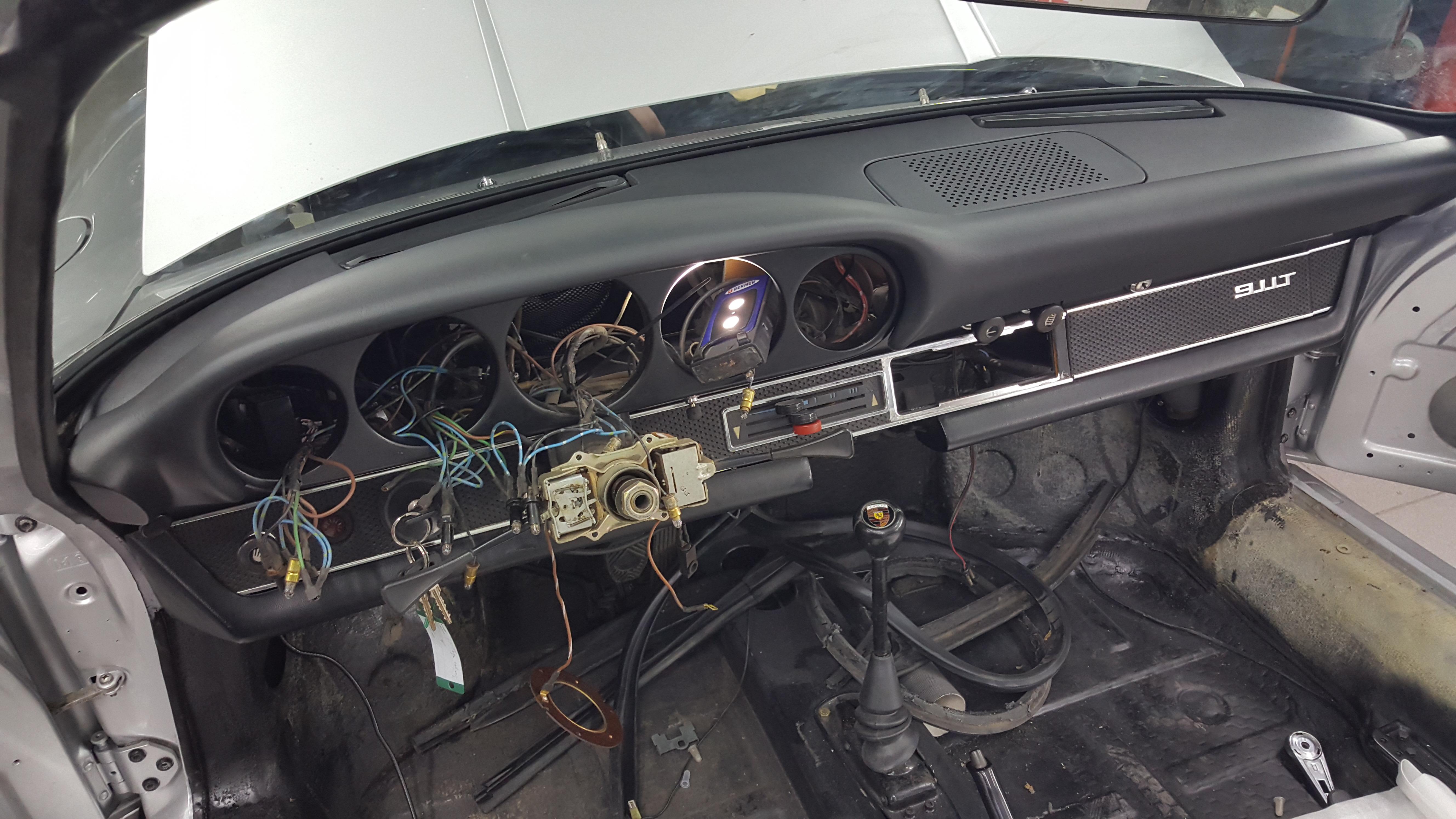 cp-car-sl-porsche 911 targa 1970-13