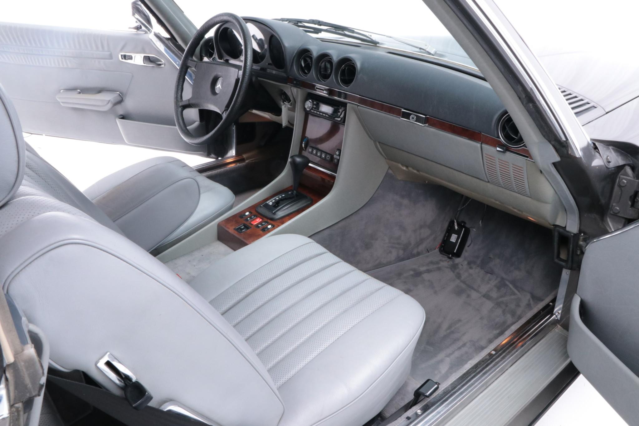 cs-car-sl-mercedes benz w107 500sl-09
