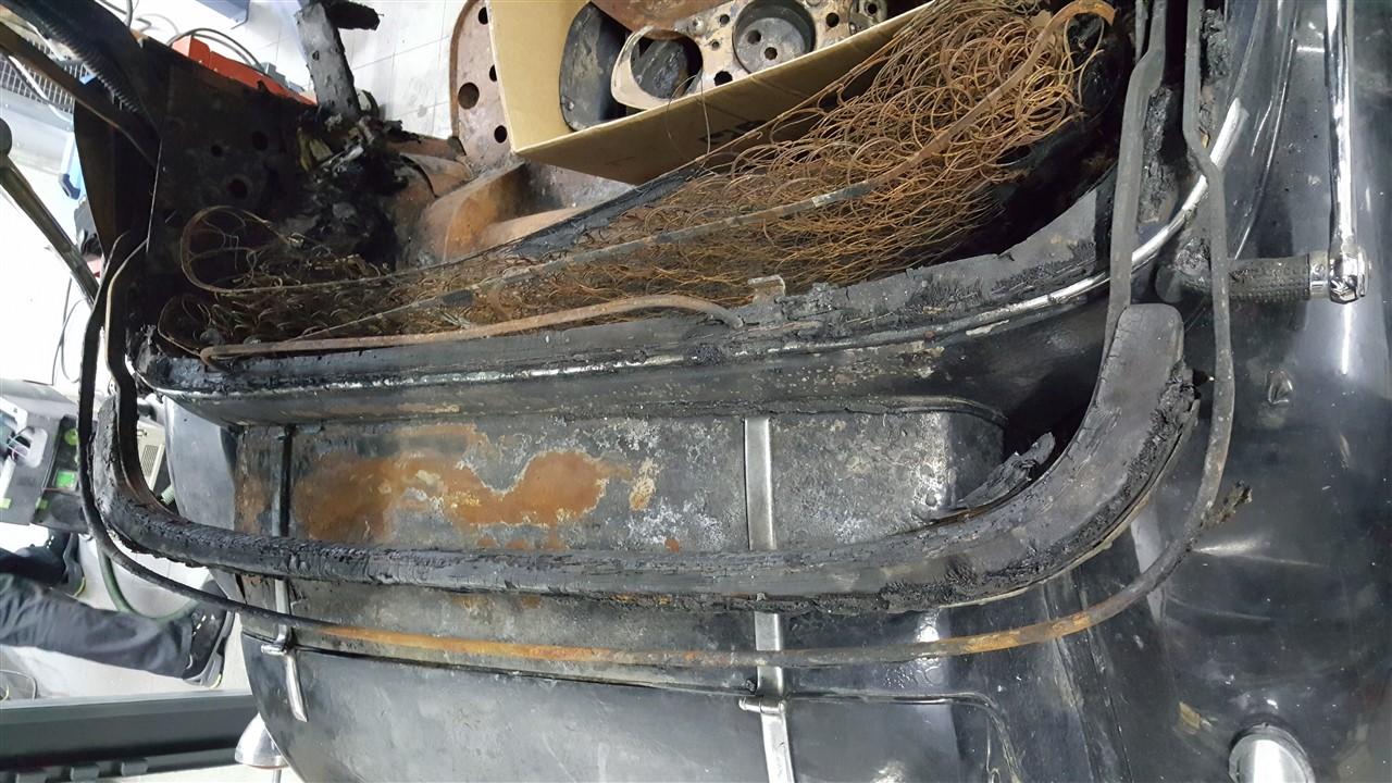 cp-car-sl-mercedes benz 290 w18-10