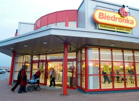 Польша! Работник супермаркета Biedronka!
