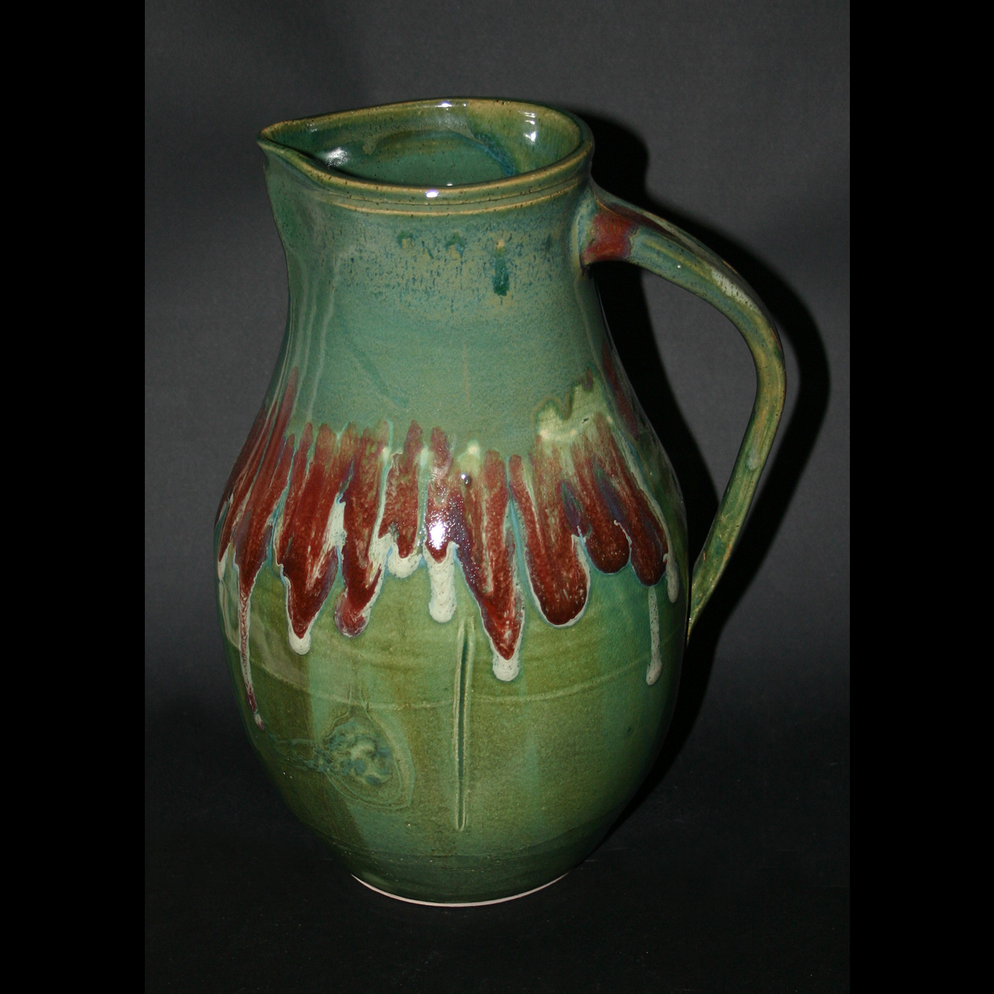 green&red pitcher