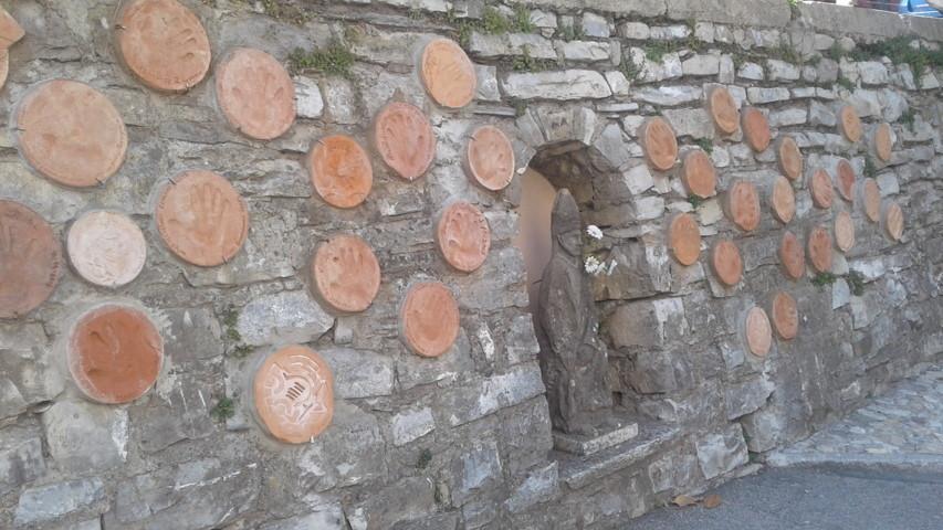 12 Cerano Muro degli Artisti (FILEminimi