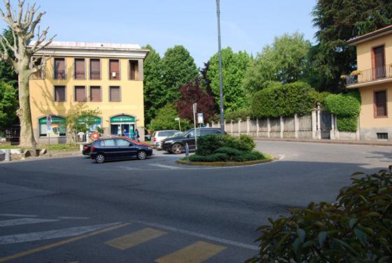 piazza_sironi.jpg