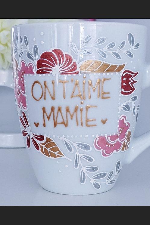 """Tasse """"On t'aime Mamie"""""""