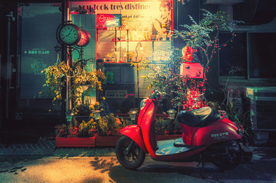 Roman Holiday - Tokyo Street Photography