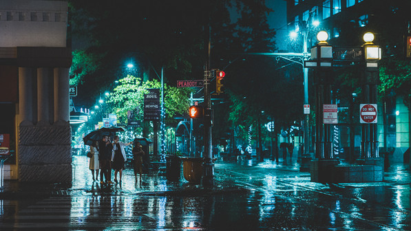 Sight Seeing in the Rain - Memphis Photography