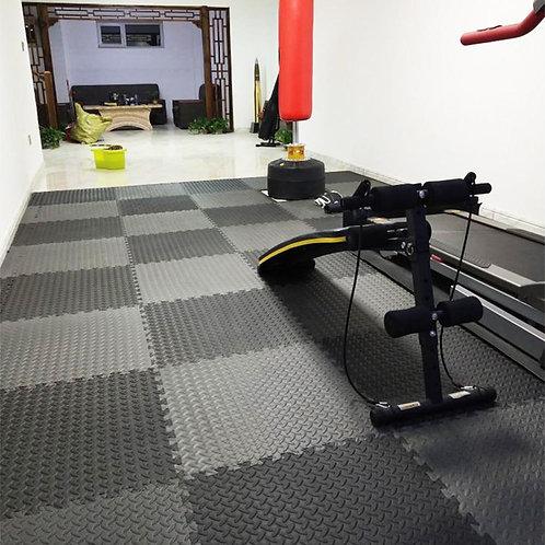 12PCS 30*30cm Protective Floor Mat Anti-Slip Bubble