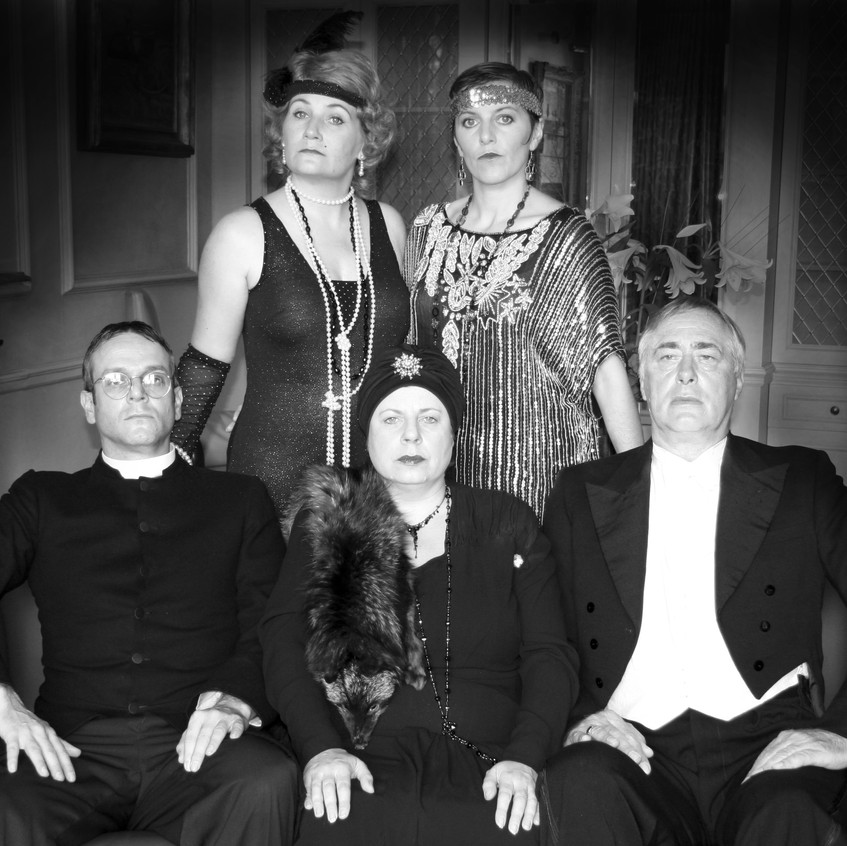 1920s group photo Playing Dead Murder My
