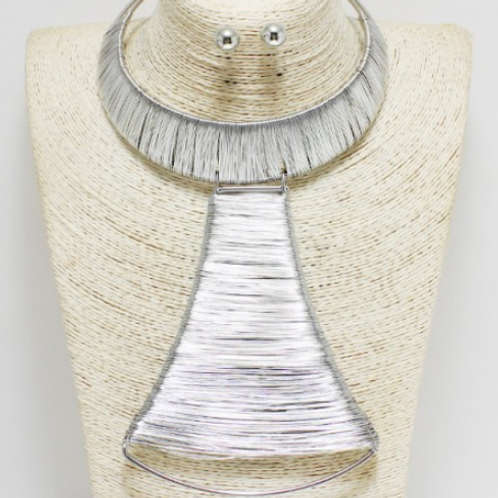Silver Chunky Choker Necklace W/t Pendant