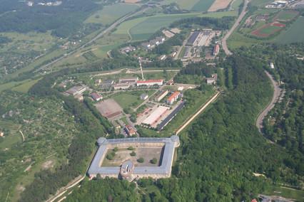 Luftbild Ulm Wilhelmsburg-Kaserne