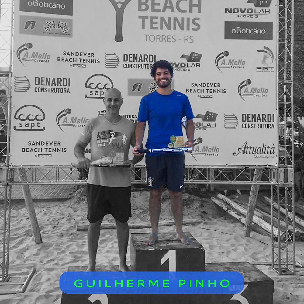 Aluno de tenis da er esportes campeão de torneio de beach tennis