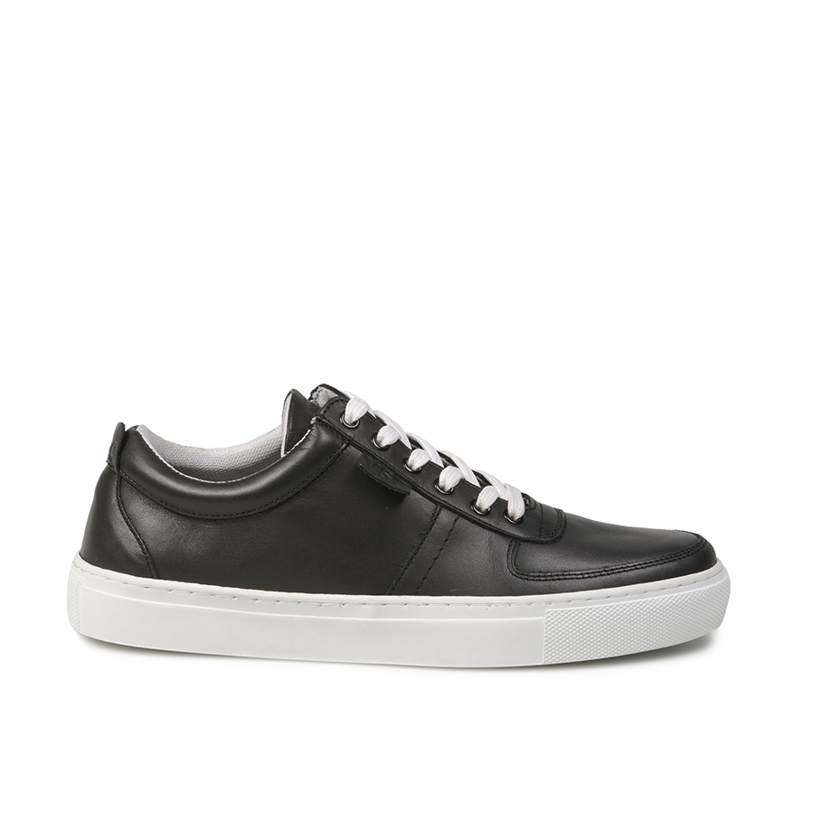 Low Top Black (1)