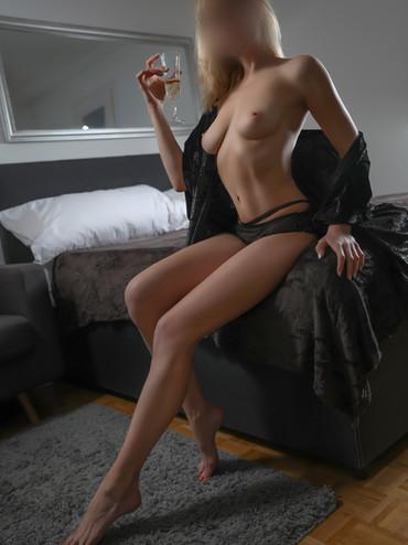 08-escorte-cristina-lausanne-geneve-agen