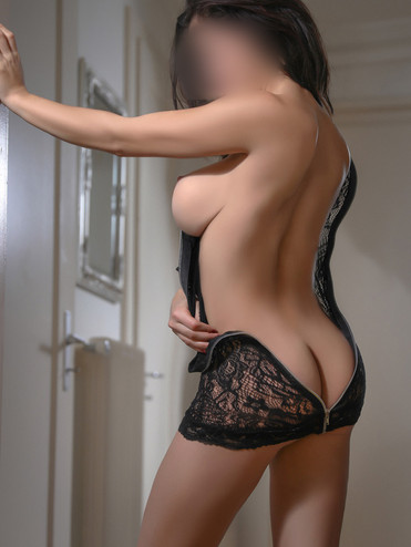 louise-lugano-escorte-swiss-agency-genev