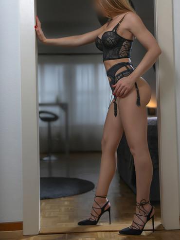 06-Linda-escorte-lausanne-agence-escort-