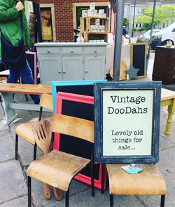 _langportantiques and Vintage Market ~ T