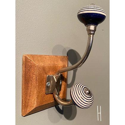 Single Ceramic Hook (H)