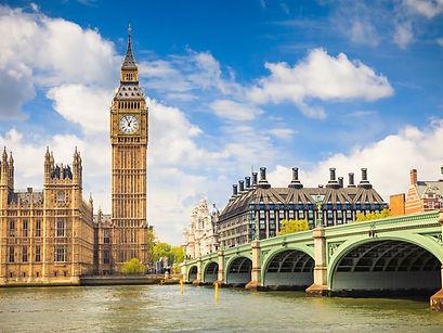 London-England-Big-Ben-Cityscape-destina