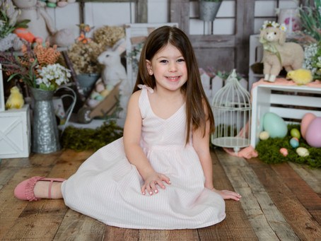 Easter Mini Sessions are Here!