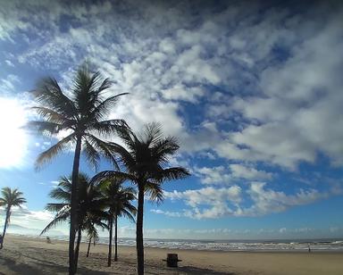 Foto Praia Tupy.PNG