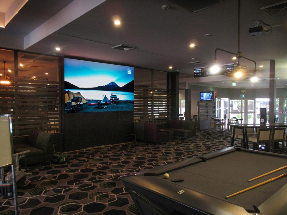 Lake Macquarie Tavern.jpg