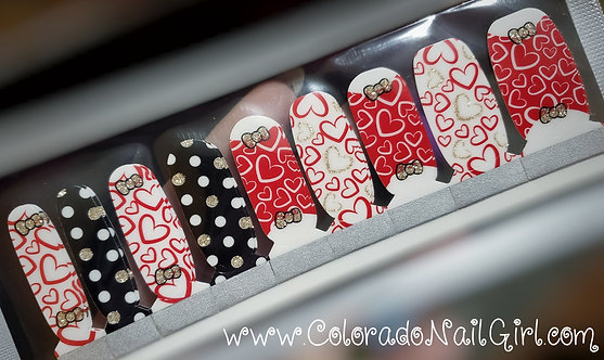 Hearts and Bows Mixed Mani