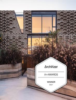 La firma de arquitectos en Quito odd+ ganadora de los Premios Architizer A+ 2021