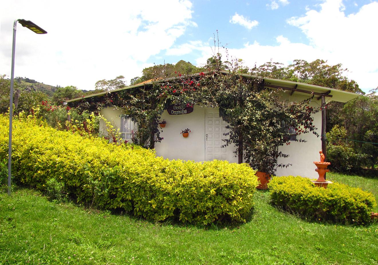 Cabaña Bugambil.jpg