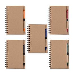 Bloco de anotações com caneta e autoades