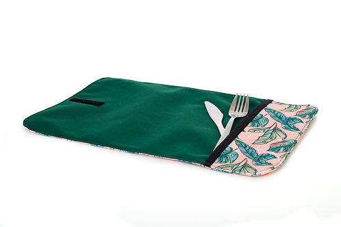 napperon à plat avec pochette pour les ustensiles