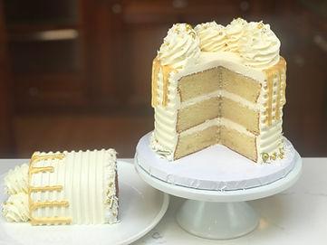 whitegoldcake1IMG_1670.jpg