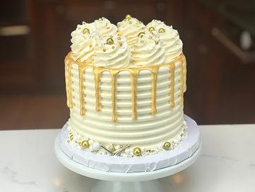 whitegoldcake2.jpg
