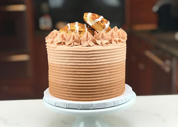 cinnamonrollcake_YTthumbnail.jpg
